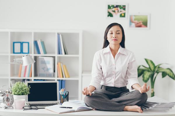 Medite para deixar a mente mais disposta e relaxada